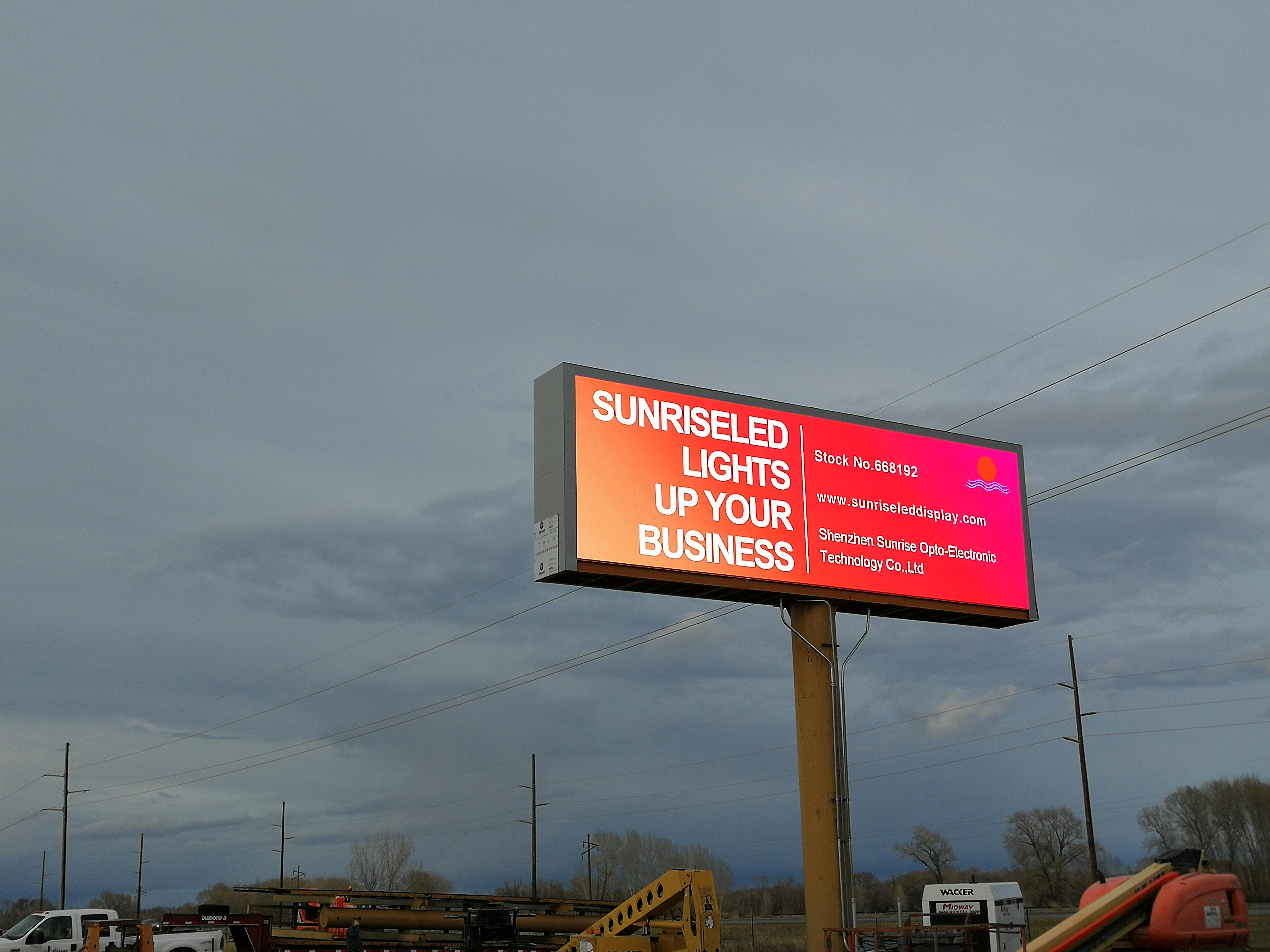 HD светодиодный рекламный щит загорается в Айдахо